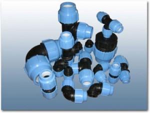 Компрессионные соединительные детали SAB (производство Италия) предназначены для монтажа водопроводов из полиэтиленовых и полипропиленовых (PN 16 – холодное водоснабжение) труб.